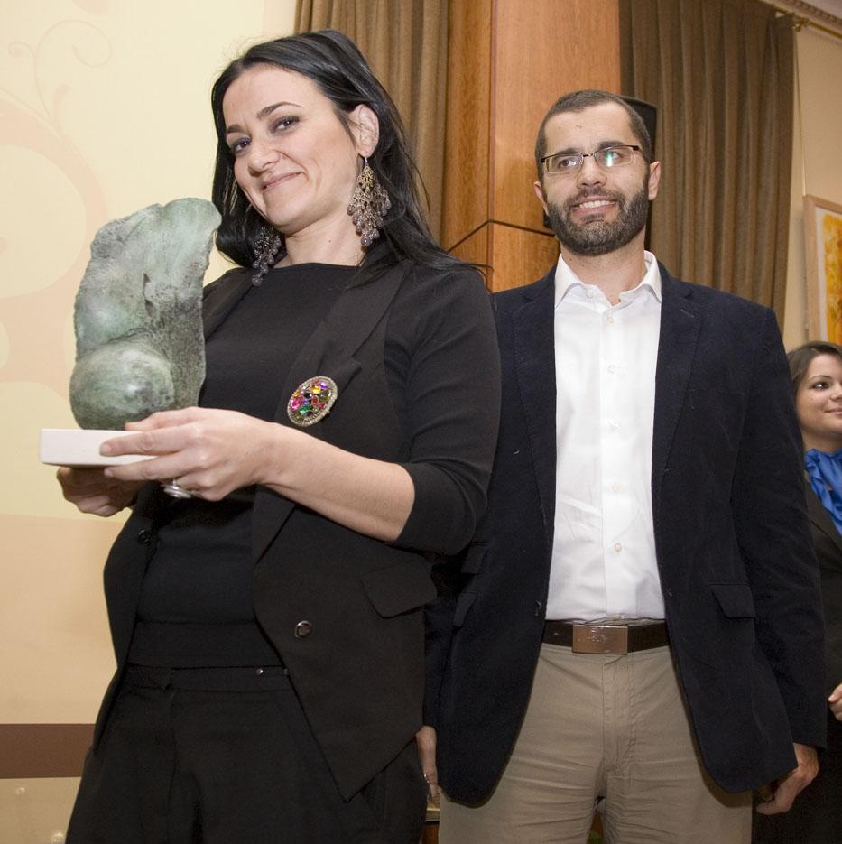 Premio para O Dezaseis.