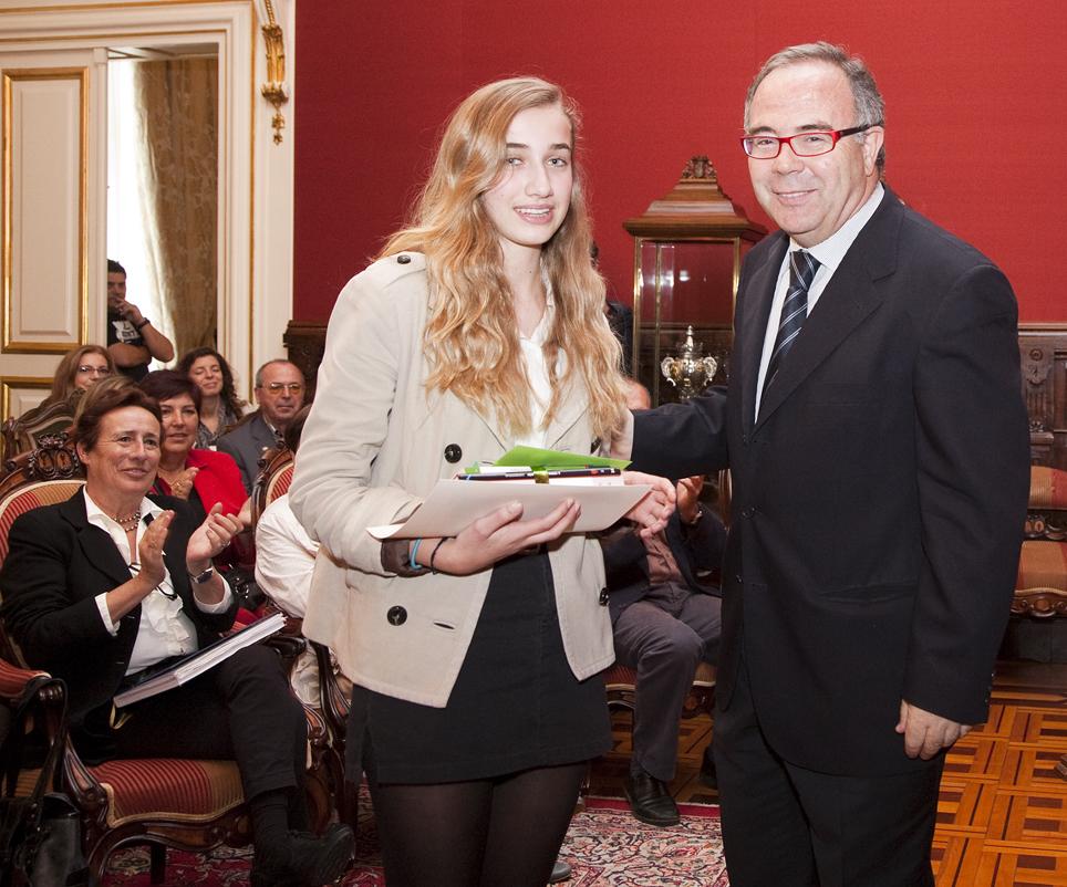 Entrega do premio de teatro a Concepció Rubert.