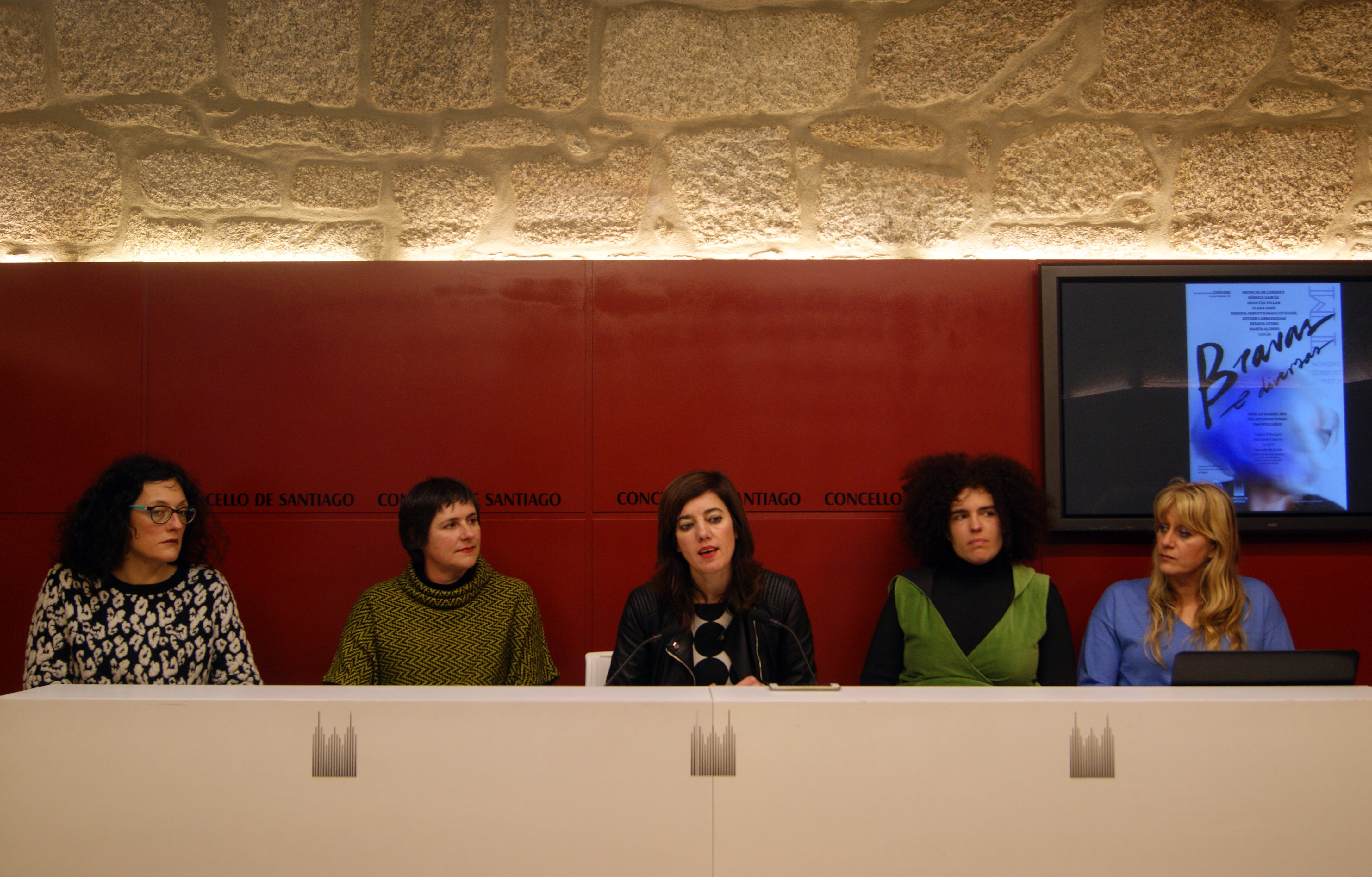 Clara Gayo, Patricia de Lorenzo,  Marta Lois, Esther Carrodeguas e Renata Otero.