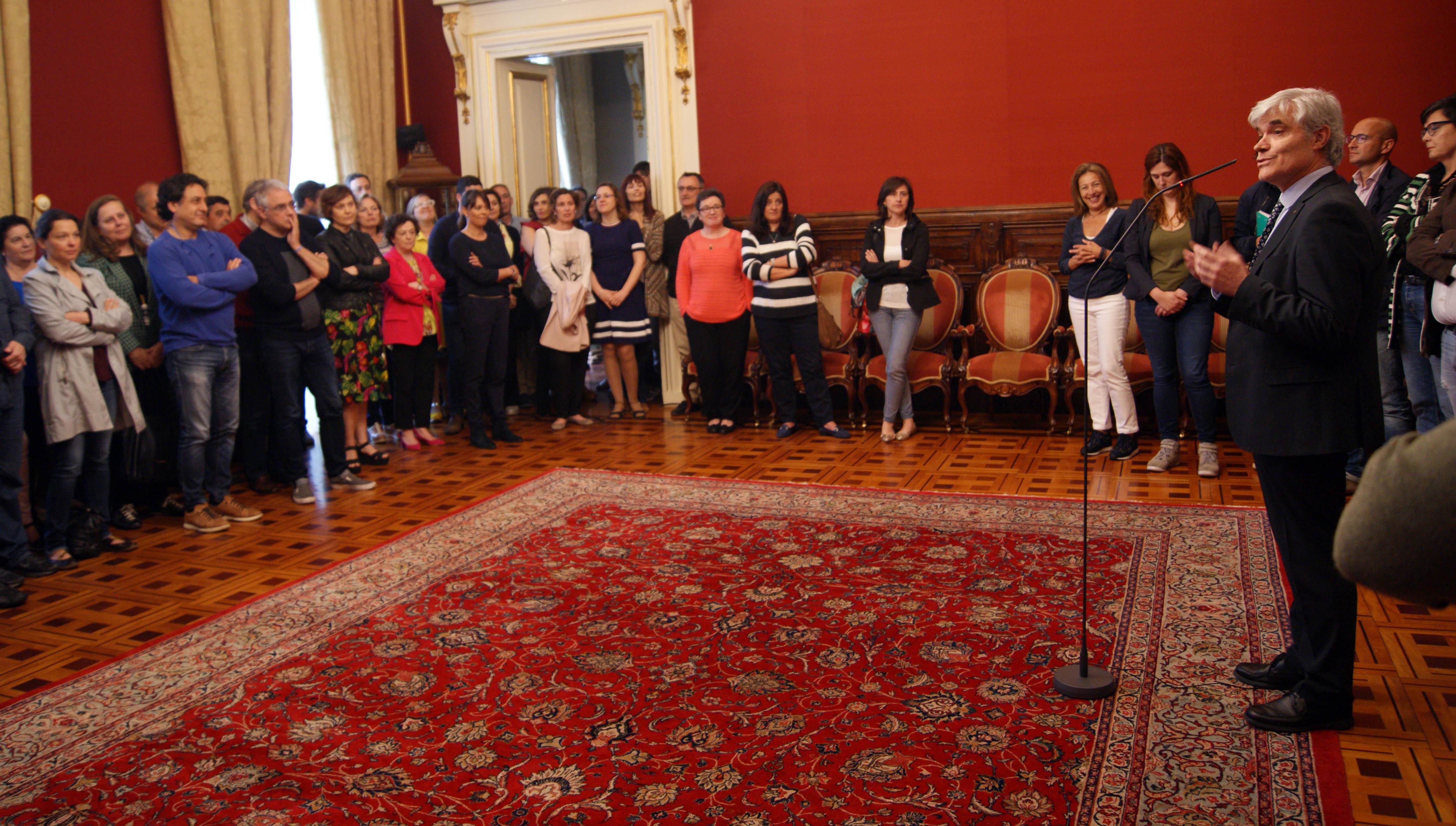 O secretario municipal, José Ramón Alonso, tamén dedicou unhas palabras aos empregados e empregadas municipais.