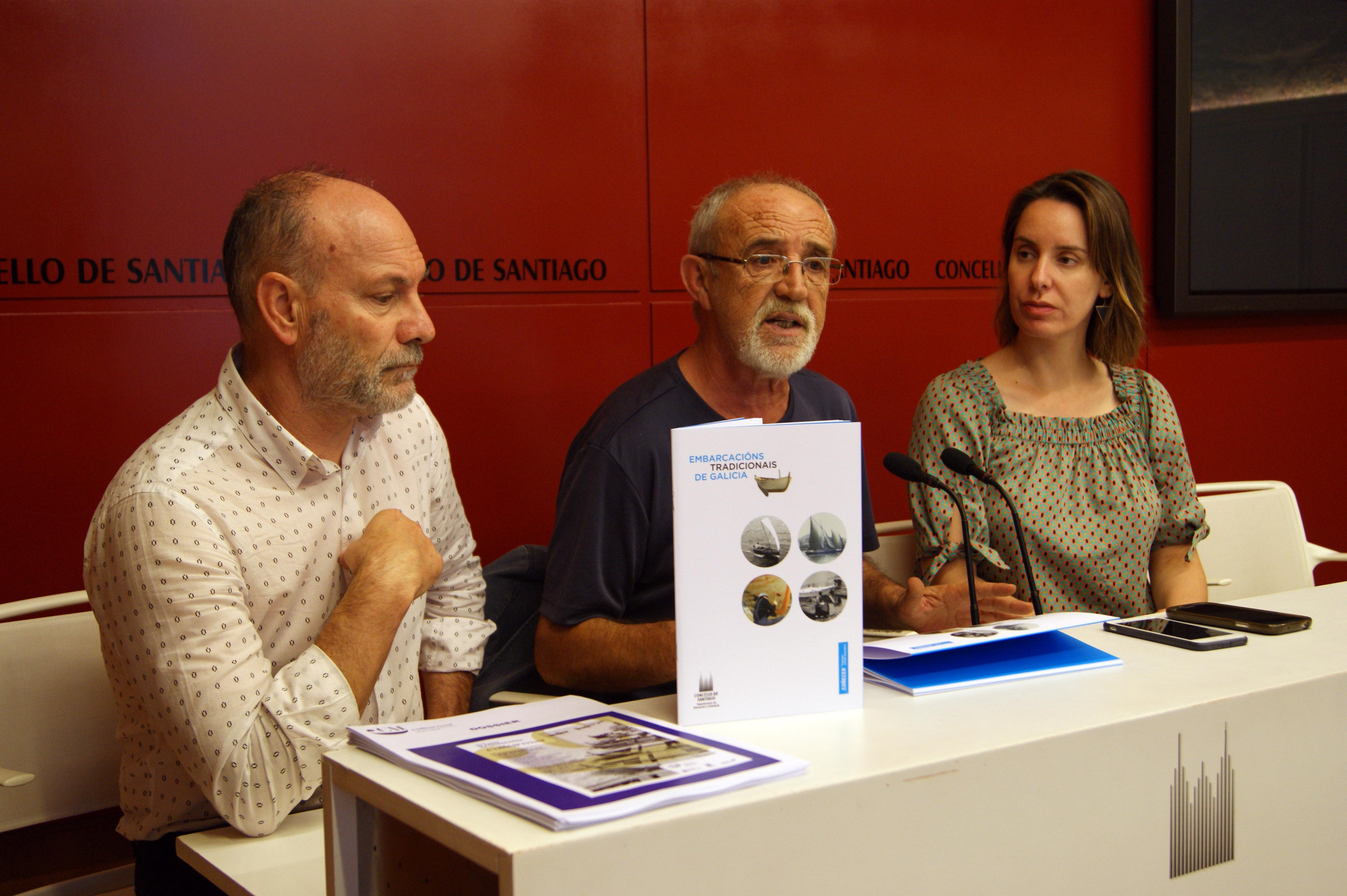 Pablo Carrera, Manuel García e Branca Novoneyra presentando a mostra.