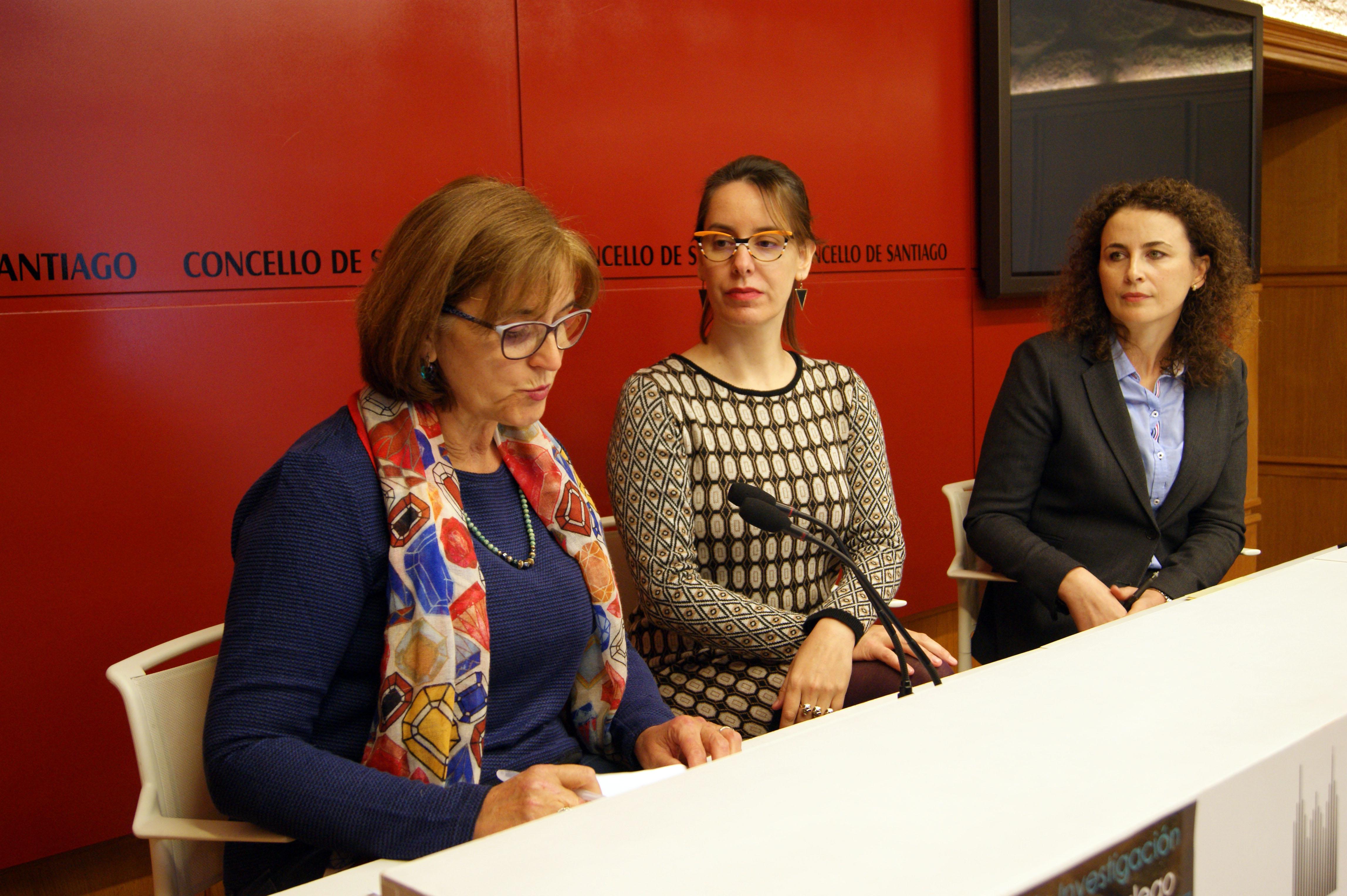 Pilar Astray, Branca Novoneyra e Eva Calvo presentaron a convocatoria.