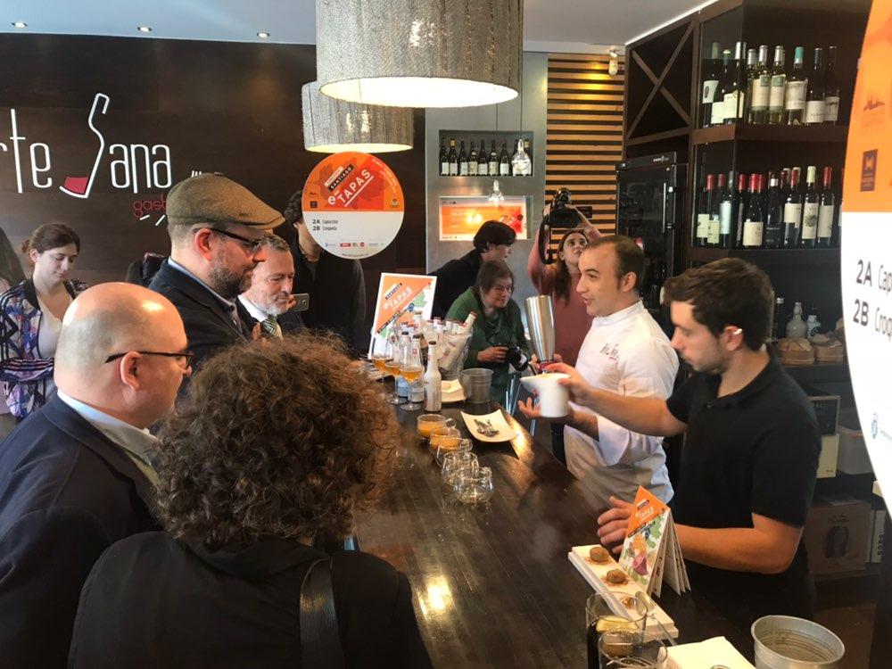 Degustando as tapas a concurso do Artesana Gastrobar.