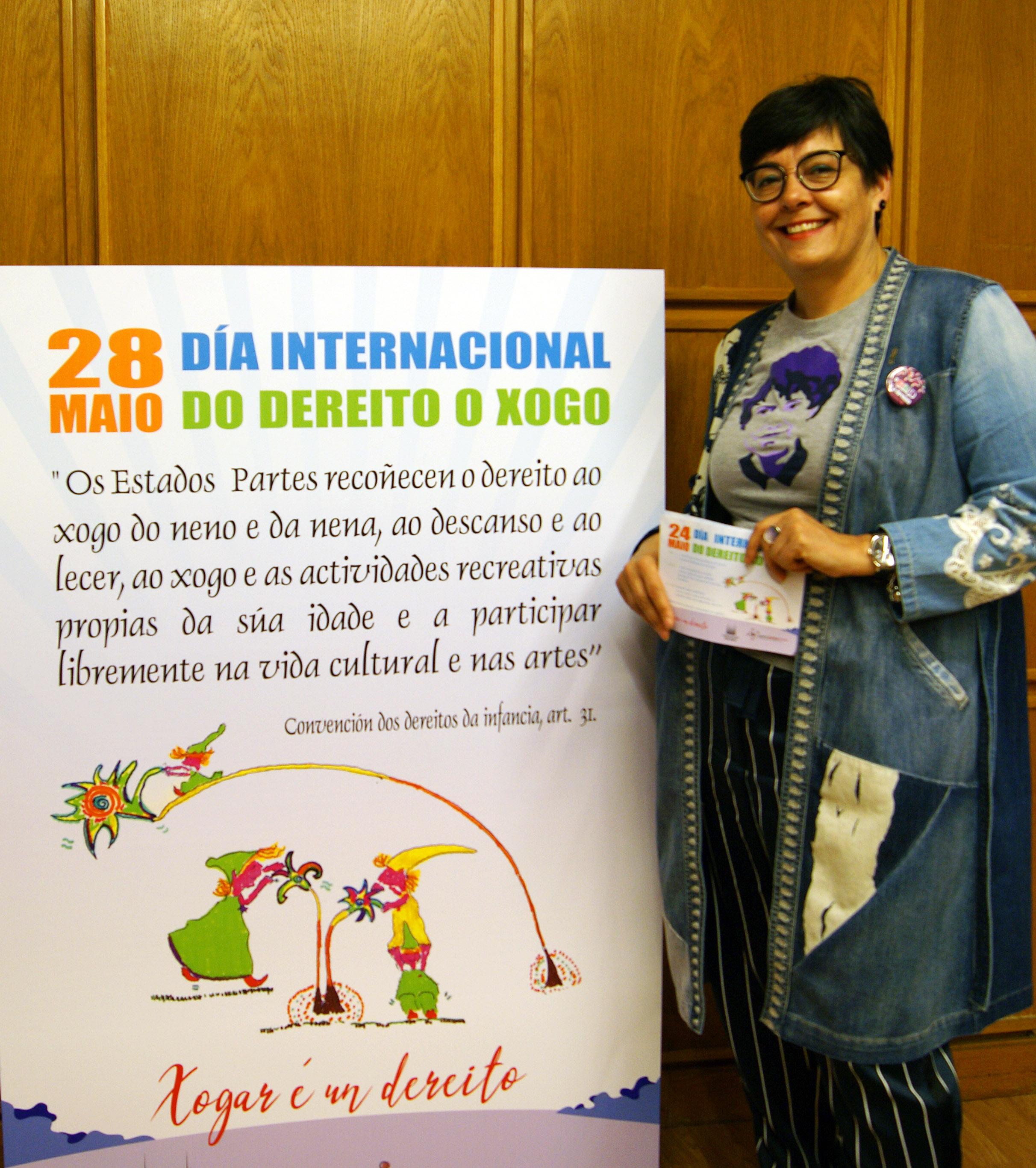 A concelleira co cartel do  Internacional do Dereito ao Xogo, que se celebra o vindeiro 28 de maio.