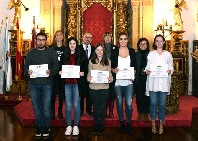 Entrega de premios no III Concurso de Relatos Curtos contra a Violencia de Xénero, organizado pola USC.
