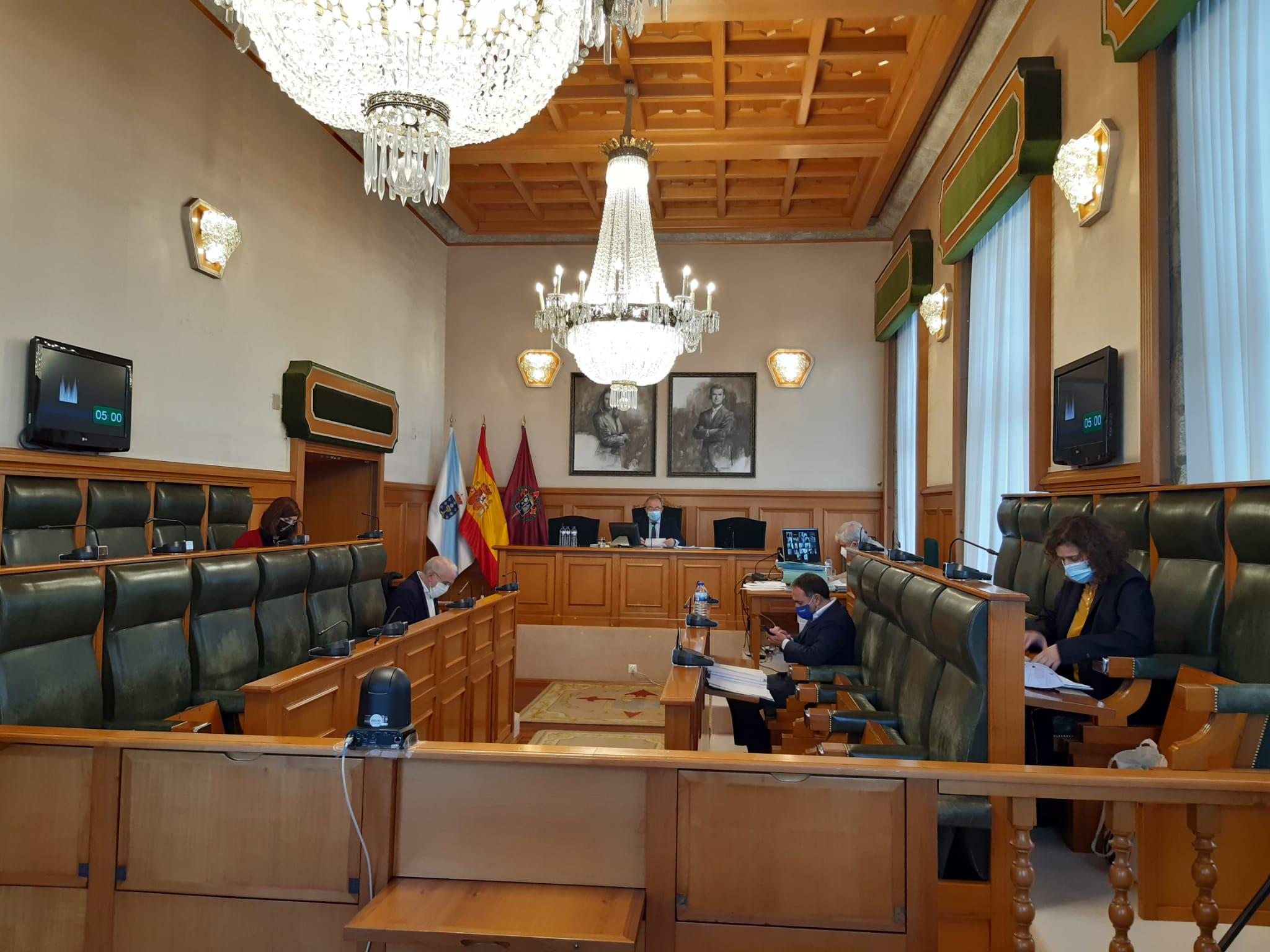 O Pleno aproba definitivamente o orzamento de 2021 e os expedientes de crédito para poñer en marcha a nova convocatoria de axudas fronte á covid
